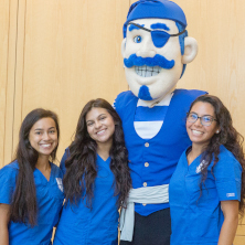IHS students pose with the pirate